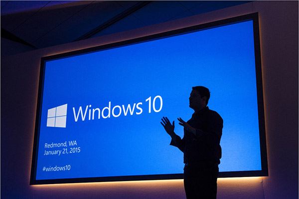 Microsoft Firmly Pushes Windows 10-V2